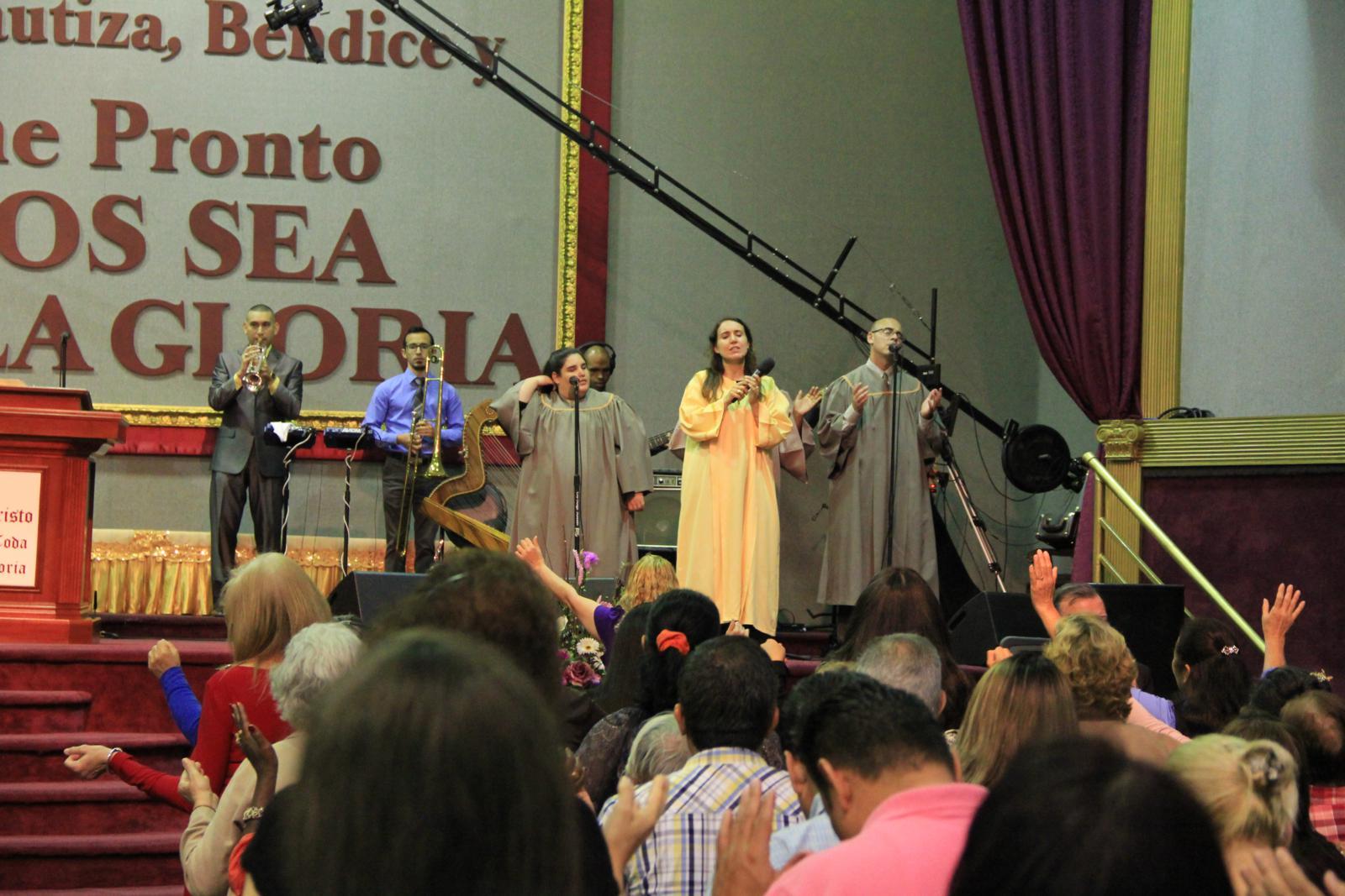 GLORIA A DIOS, 30 ANIVERSARIO ICRLC 07 04, 2016 (262)